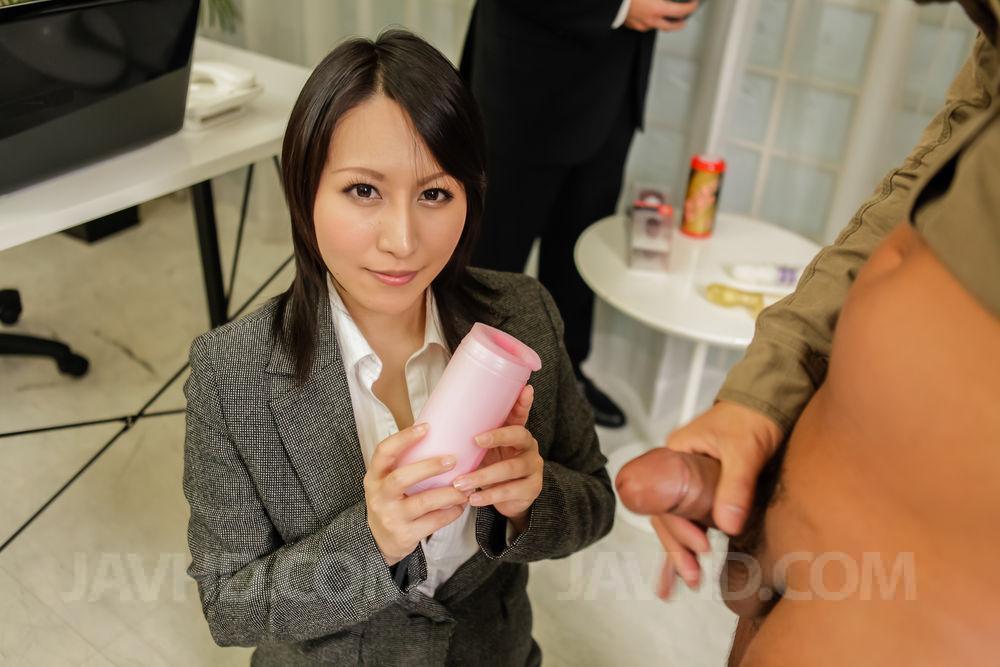 Japanese Handjob Blowjob - Japanese Handjob Cum - PornPicturesHQ.com
