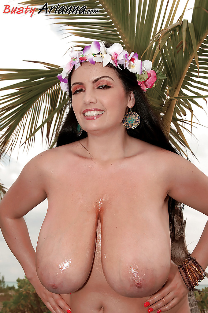 Hawaiian Bombshell Big Tits - Pornpictureshqcom-1523