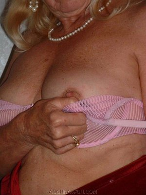 Mature Big Tits Adonna from United States