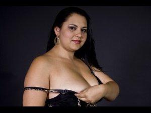 Brunette Nikki Oil.