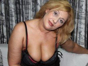 Blonde Dirttyhotbbw Live Orgasm.