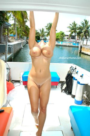 Big boobs blonde milf amateur