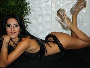 Latin transgender natabellats oil