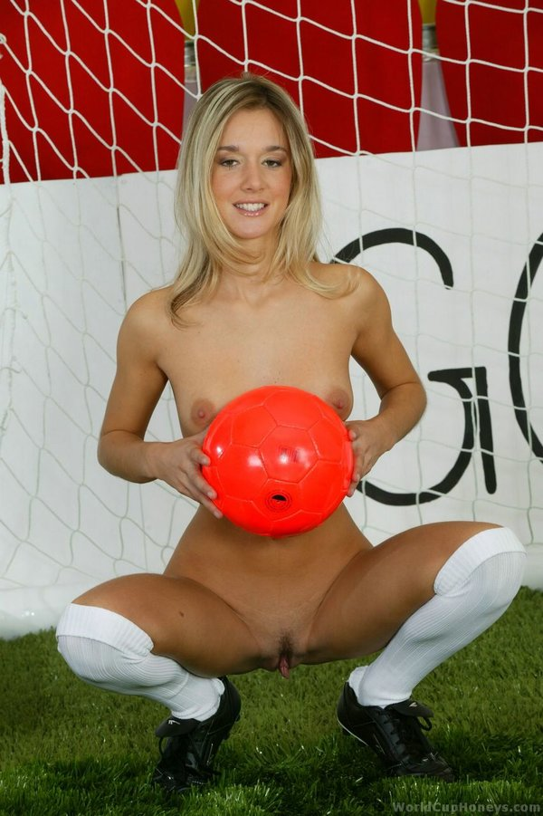Jana Madrid Home Slim Blonde From Worldcup 1