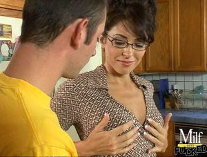 Sexy bitch with big tits is in kitchen, while sucking and fucking hard