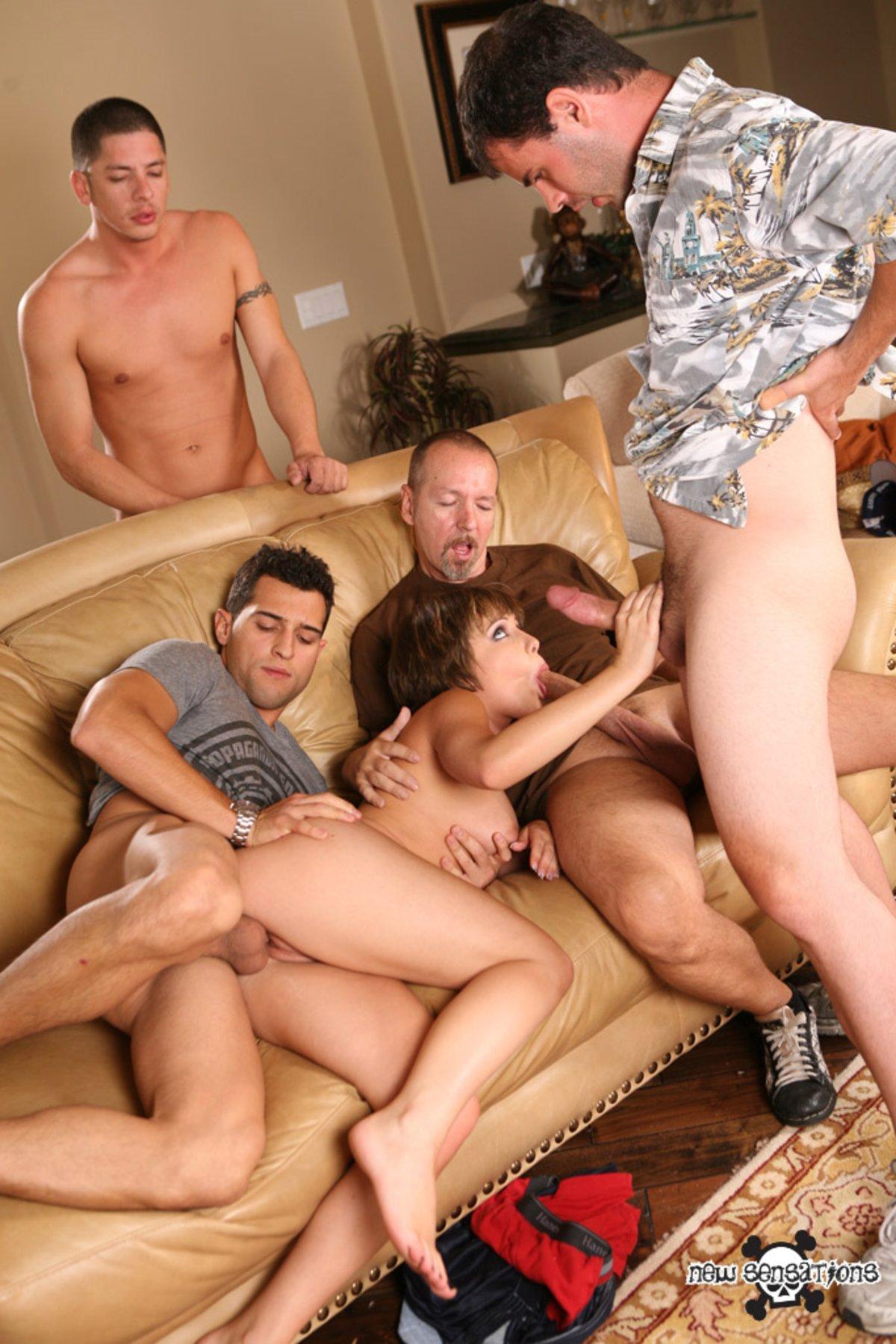 Порно с пустили по кругу #7