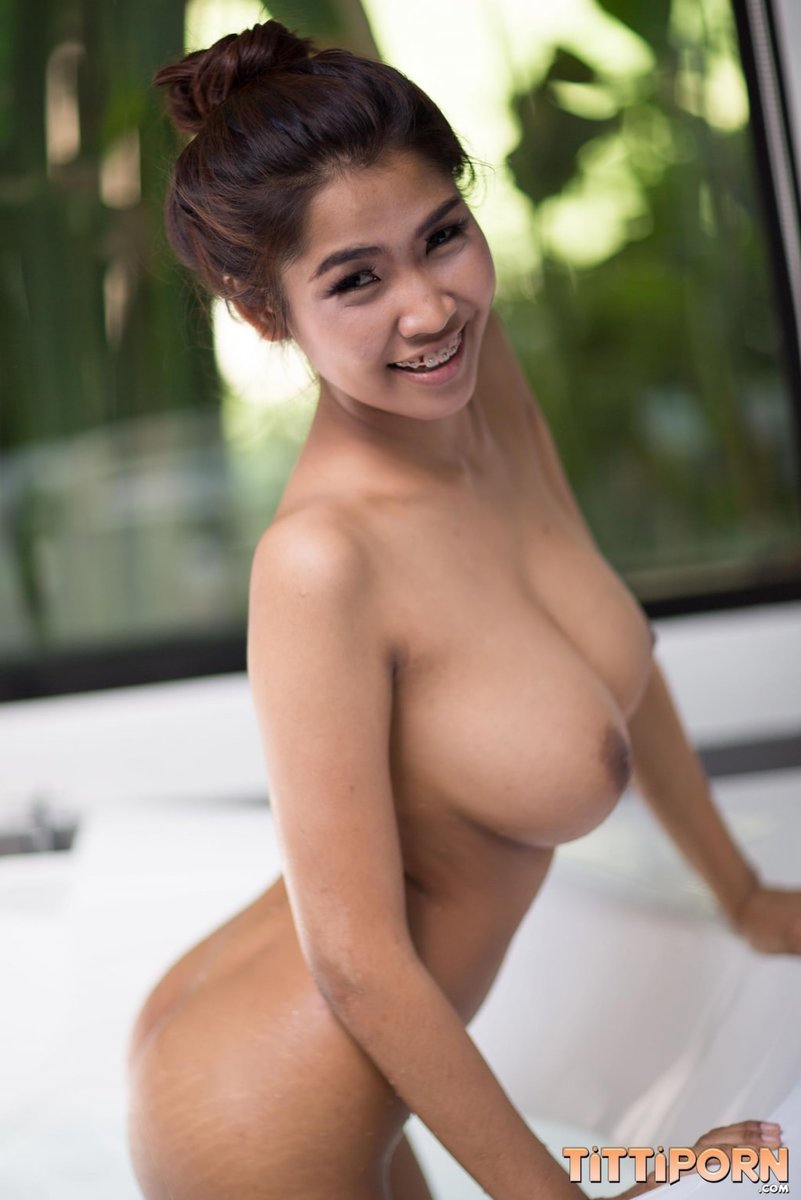 Huge Boobs Huge Natural Tits Teen - Pornpictureshqcom-8059