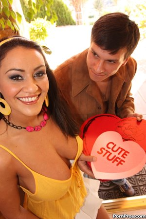 Busty brunette loves deep throat and a fat cock inside her kitty
