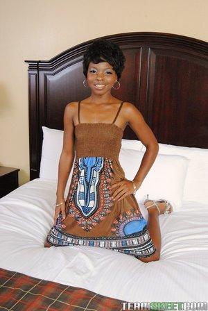 Black Ebony Teen - PornPicturesHQ.com