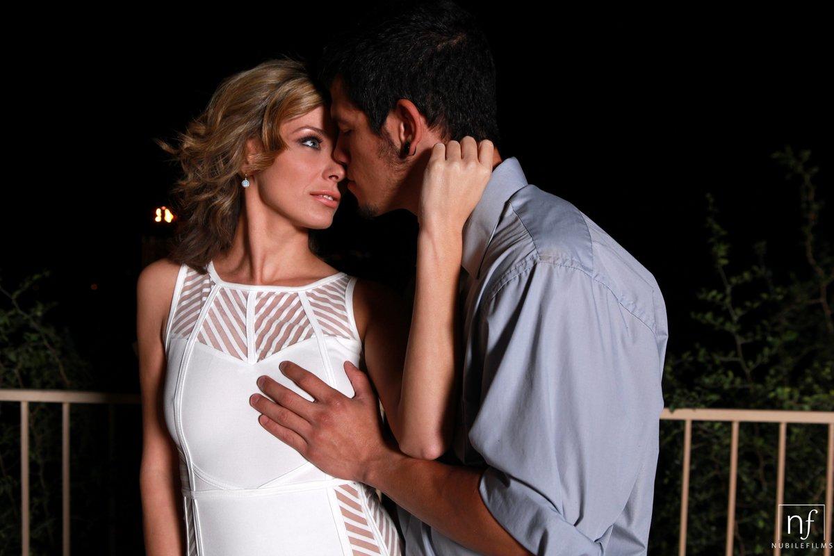 Rough Real Couple Passionate Sex - Pornpictureshqcom-6510