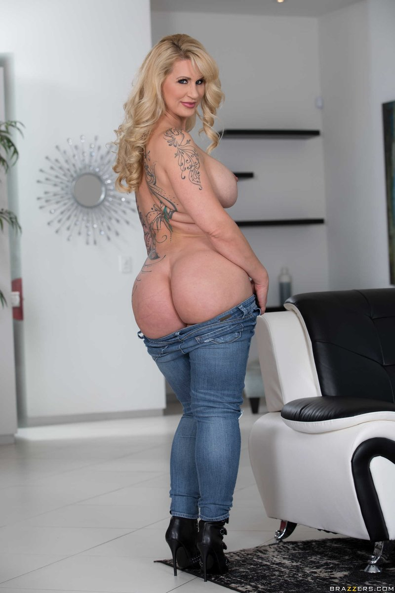 Blonde Milf Anal Neighbor