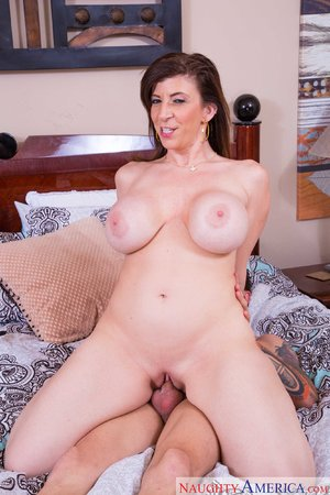 Mature naughty mom