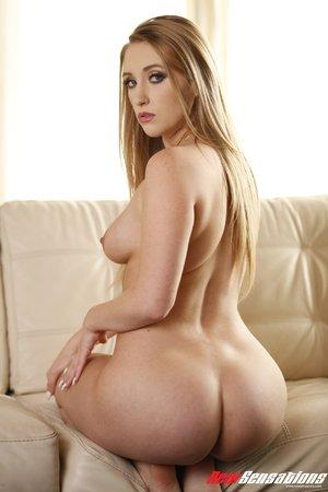 Round ass blonde