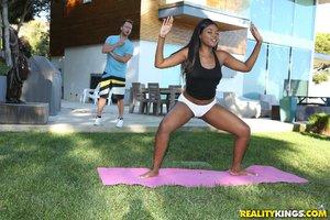 Round yoga