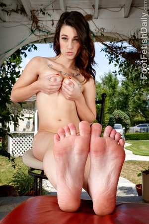 Teen feet