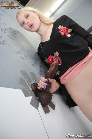 Interracial blonde her knees sucking