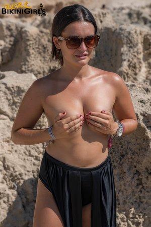 Sexy amateur bikini