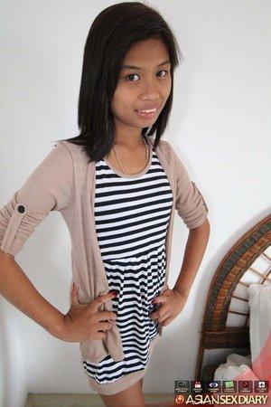 Asian teen amateur lingerie