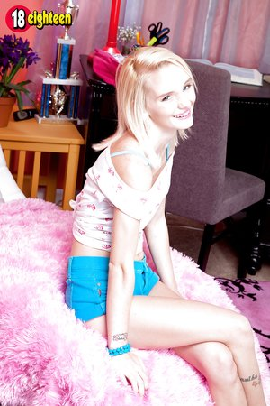 Blonde teen spinner