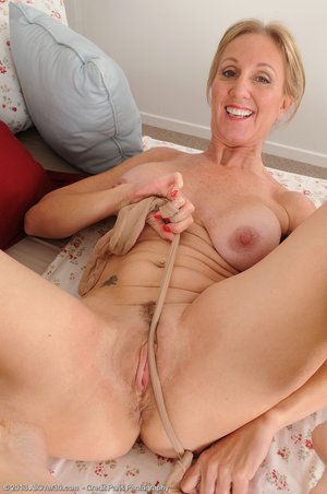 American mature hairy pussy