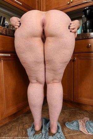 Fatty pussy lips
