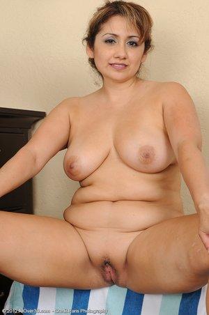Chubby sexy big tits