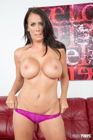 American big boobs mature woman