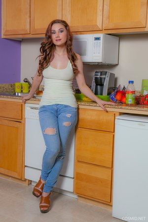 Model milf kitchen